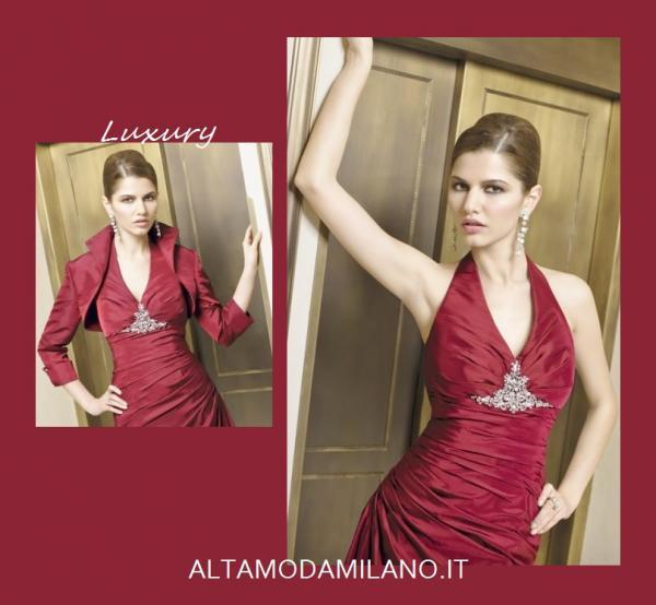 A secondo dello stile delle nozze la madre dello sposo o della sposa  ALTAMODAMILANO.IT 0bbc8e81e49